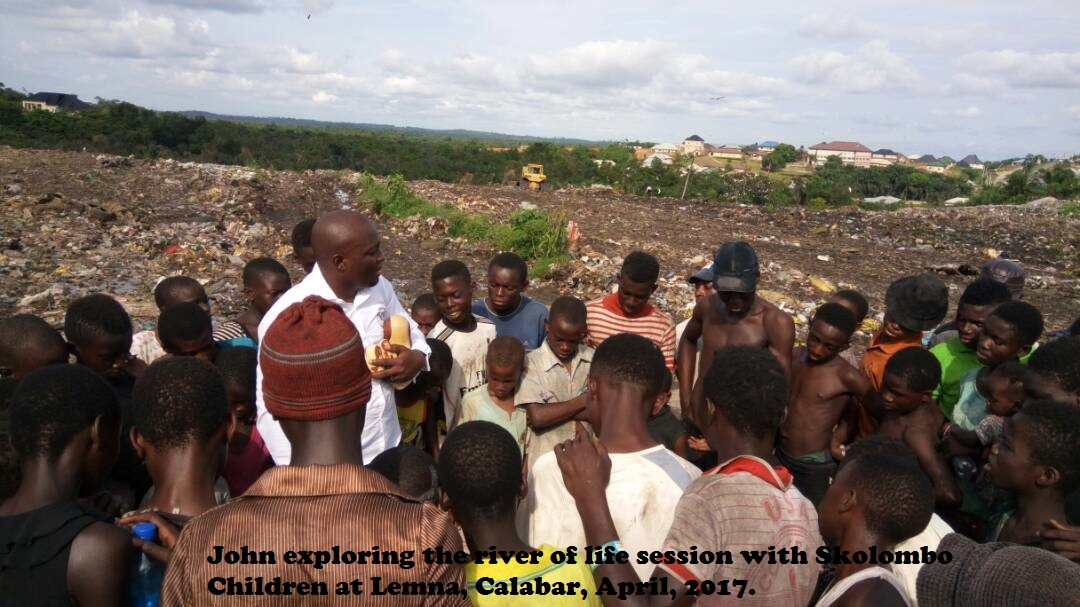 John exploring the river of life session with Skolombo Children at Lemna, Calabar, April, 2017.